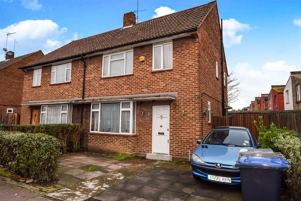 3 Bedrooms Semi Detached House for sale in Roundwood Road, Harlesden, London
