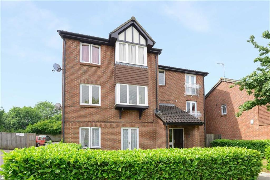 1 Bedroom Apartment Flat for sale in Rabournmead Drive, Northolt