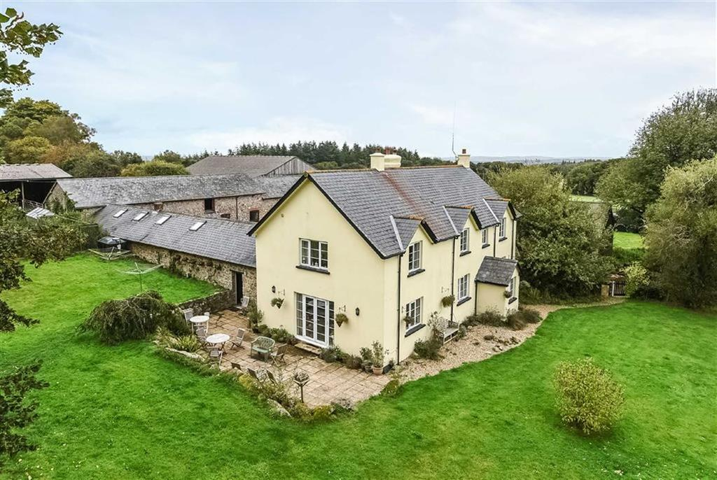 5 Bedrooms Detached House for sale in Moretonhampstead, Newton Abbot, Devon, TQ13