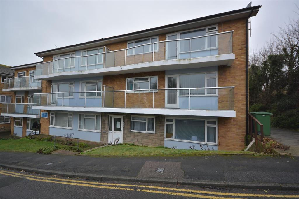 2 Bedrooms Flat for sale in Archery Road, St. Leonards-On-Sea