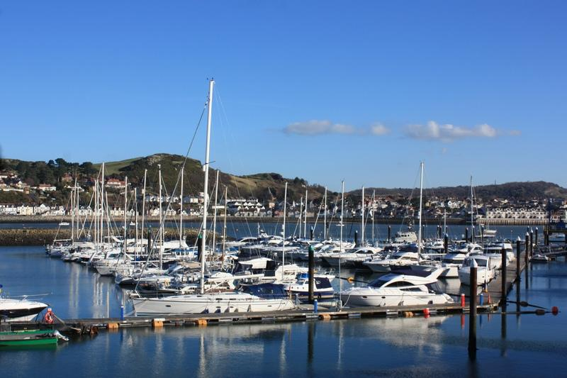 3 Bedrooms Apartment Flat for sale in Mulberry Close, Conwy Marina, Conwy LL32