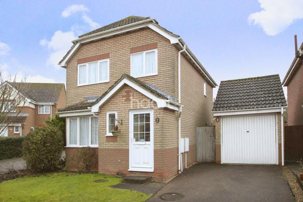 3 Bedrooms Detached House for sale in Calthorpe Close, Bury St Edmunds