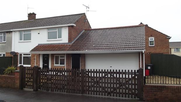 3 Bedrooms Semi Detached House for sale in Butleigh Close Bridgwater TA6