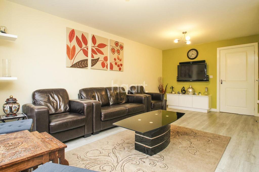3 Bedrooms Semi Detached House for sale in Schoolgate Drive, Morden SM4
