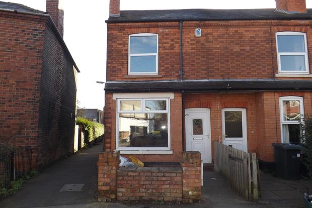 3 Bedrooms End Of Terrace House for sale in Daisy Road, Nottingham, NG3