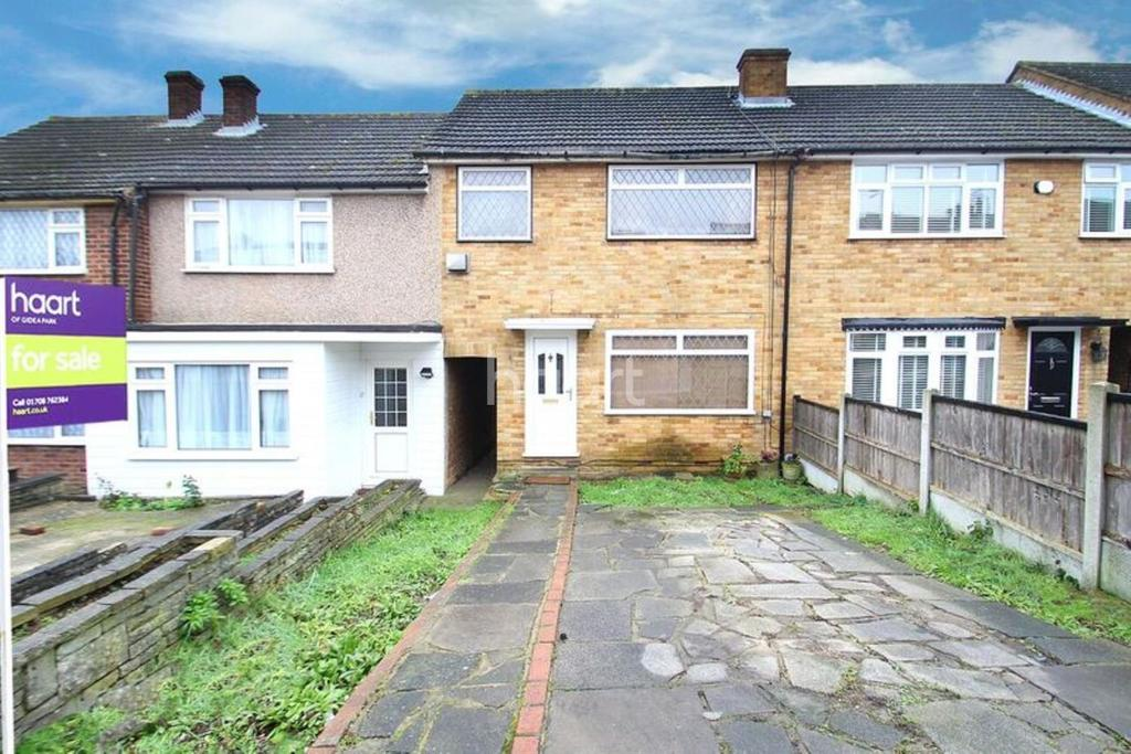 3 Bedrooms Terraced House for sale in Grange Road, Heaton Grange