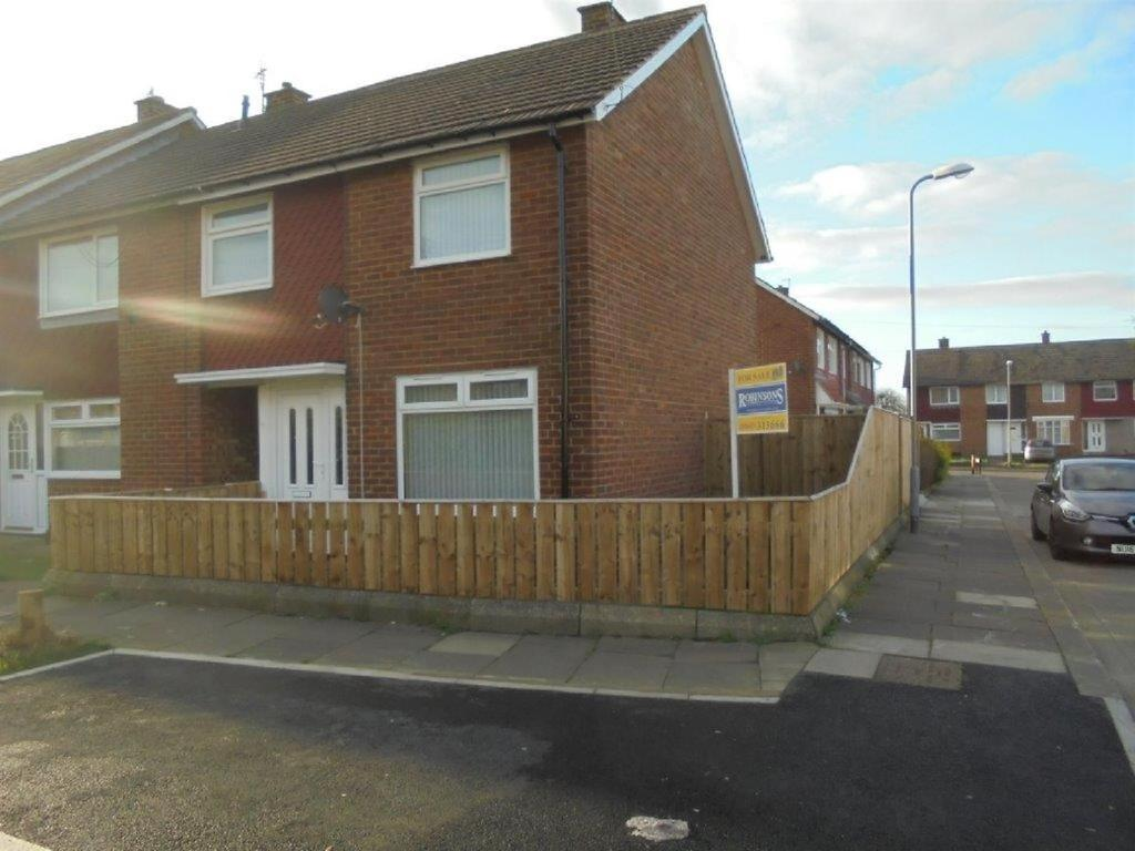 3 Bedrooms Semi Detached House for sale in Dawlish Green, Easterside