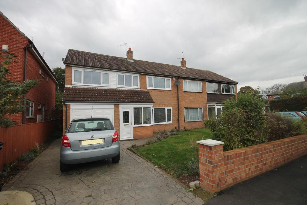 4 Bedrooms Semi Detached House for sale in Adcott Road, Acklam