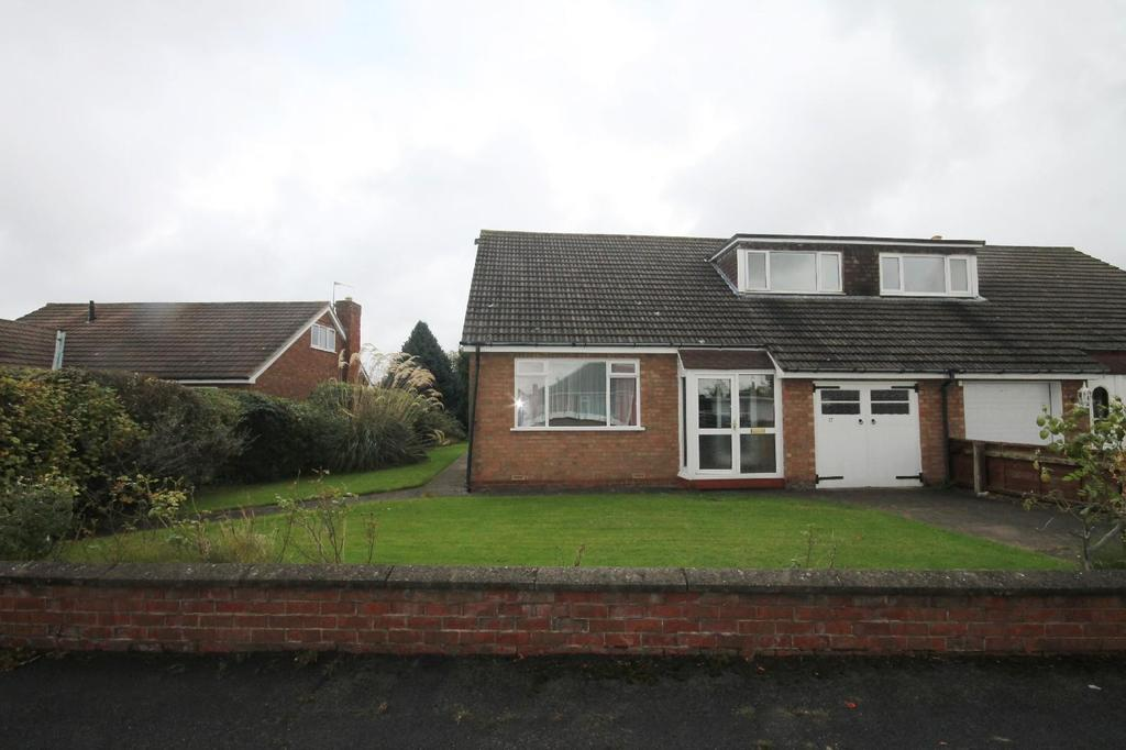 3 Bedrooms Semi Detached Bungalow for sale in Neasham Avenue, Marton-In-Cleveland