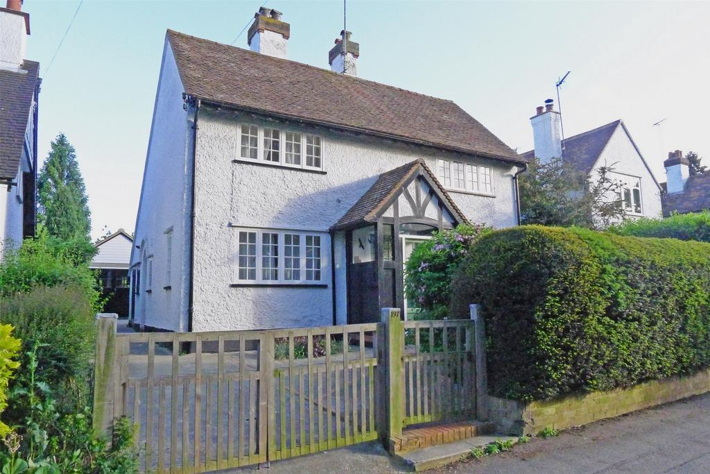 3 Bedrooms Detached House for sale in Icknield Way, Letchworth Garden City, Hertfordshire