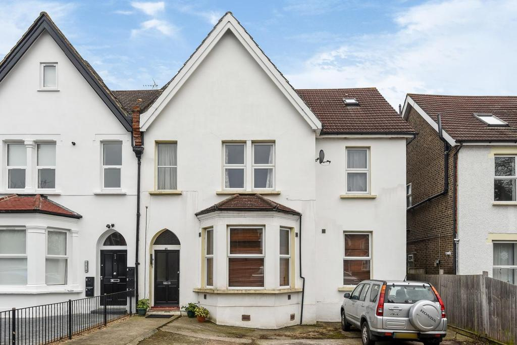 3 Bedrooms Flat for sale in Elmers End Road, Penge, SE20