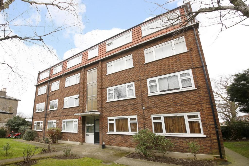 2 Bedrooms Flat for sale in Karen Court, Grove Lane, Camberwell, SE5