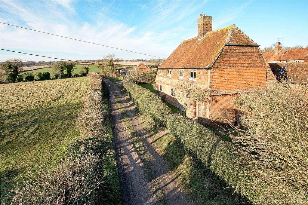4 Bedrooms Detached House for sale in Upper Froyle, Alton, Hampshire, GU34