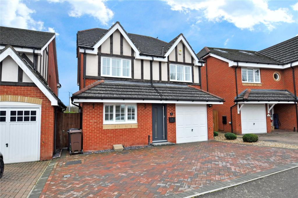 4 Bedrooms Detached House for sale in Slowmans Close, Park Street, St. Albans, Hertfordshire