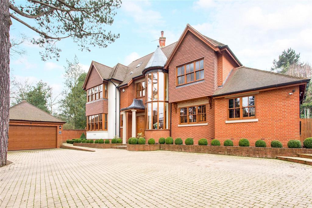 6 Bedrooms Detached House for sale in Yewlands, Hoddesdon, Hertfordshire, EN11