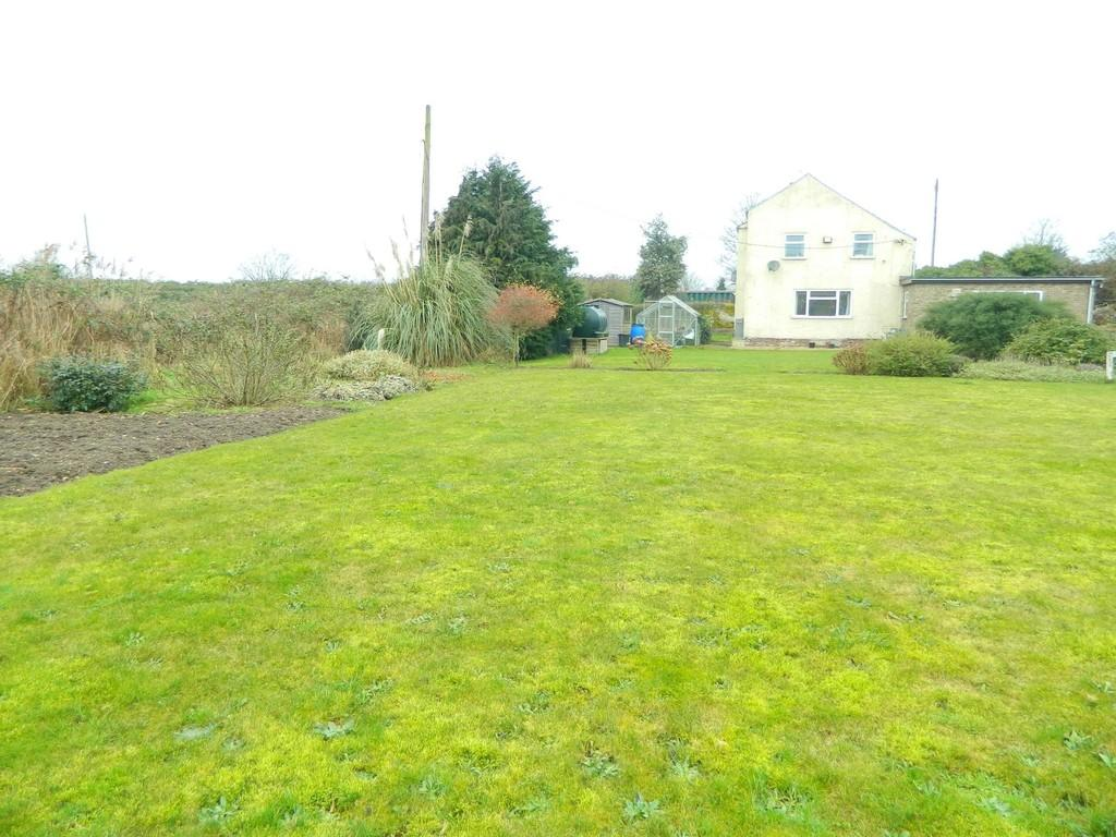 3 Bedrooms Cottage House for sale in South Brink, Wisbech