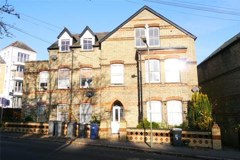 2 bedroom flat to rent - Park Road, High Barnet, Herts, EN5