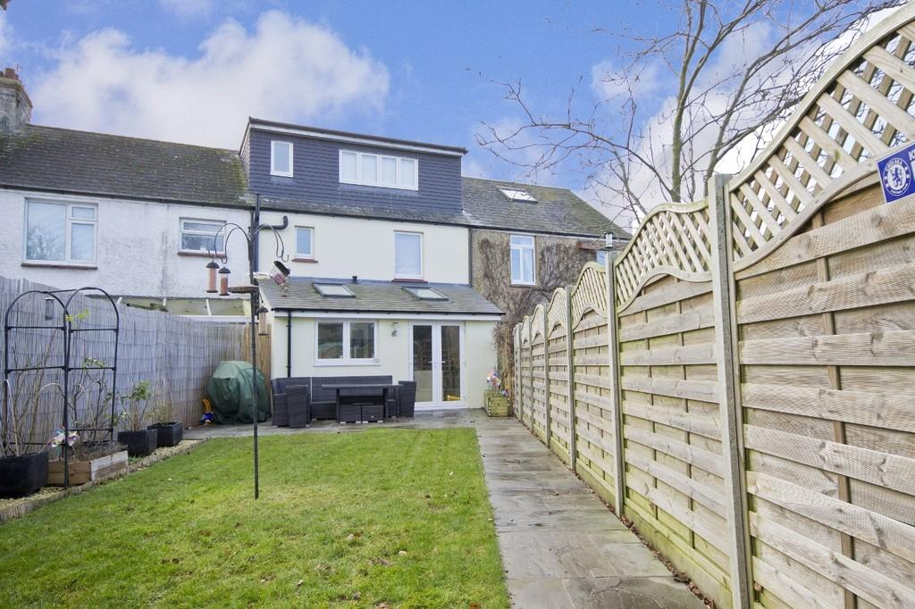 3 Bedrooms Terraced House for sale in Shoreham
