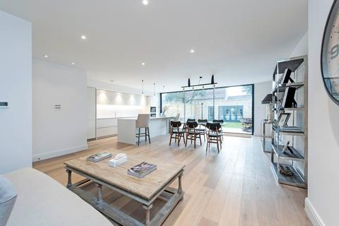 5 bedroom semi-detached house for sale - Thurleigh Road, London, SW12