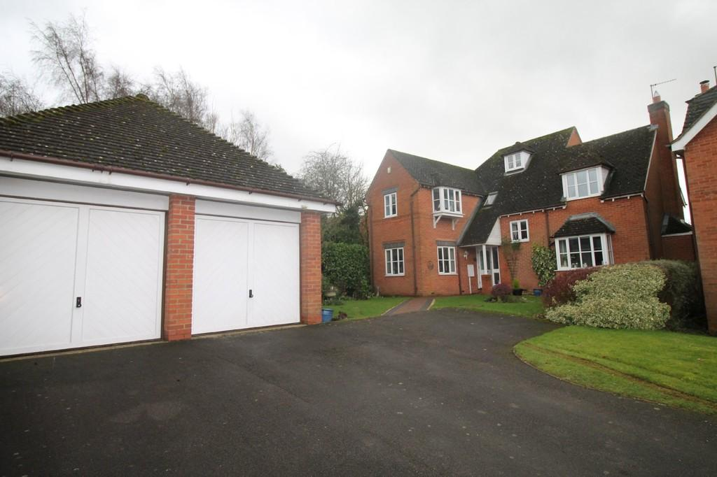 4 Bedrooms Detached House for sale in Fairfax Rise, Naseby, Northampton