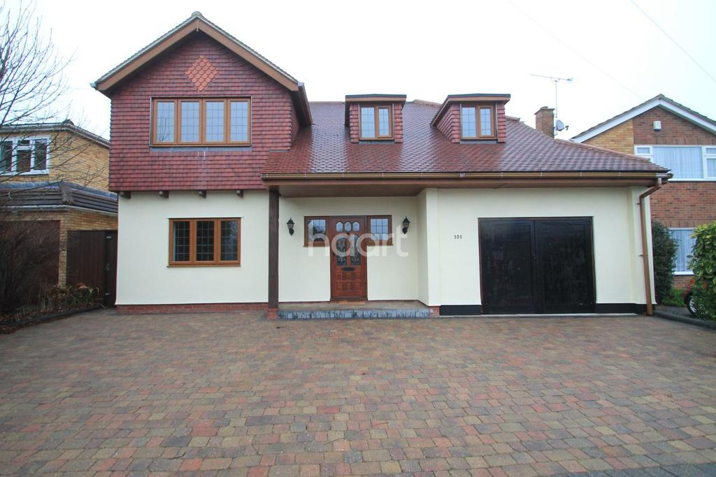 5 Bedrooms Detached House for sale in Leigh-on-sea