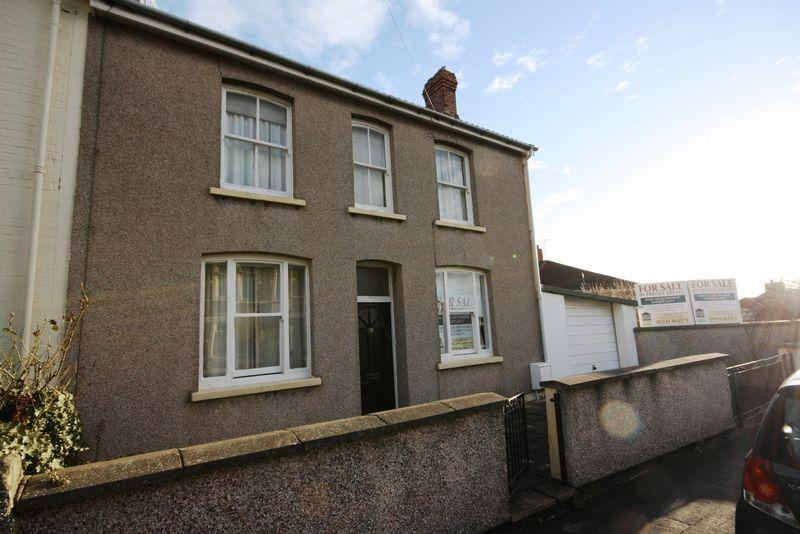 2 Bedrooms Semi Detached House for sale in Hollywood Road, Bristol