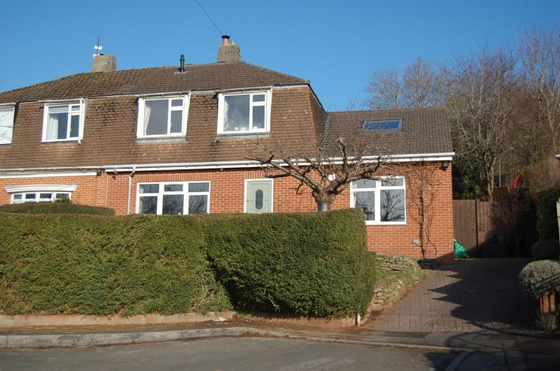 4 Bedrooms Semi Detached House for sale in Long Ashton