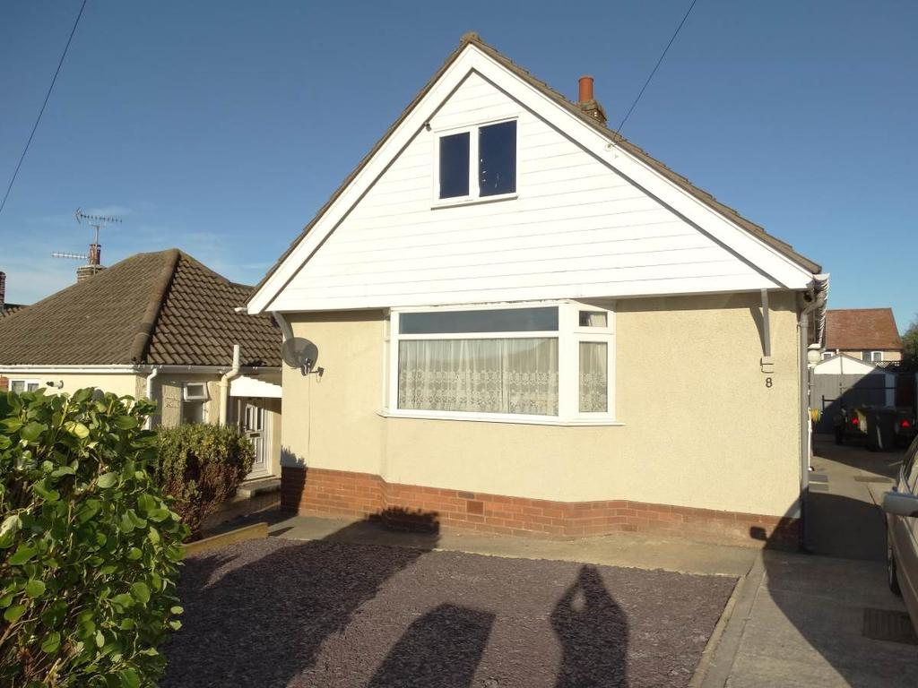 2 Bedrooms Detached Bungalow for sale in 8 Marston Drive, Rhos on Sea, LL28 4SH