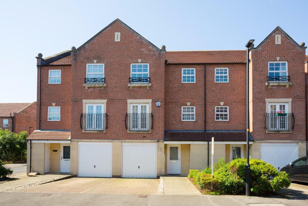 4 Bedrooms House for sale in Regent Mews, Sovereign park, York
