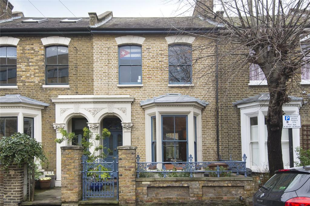 4 Bedrooms Terraced House for sale in Fassett Square, London, E8