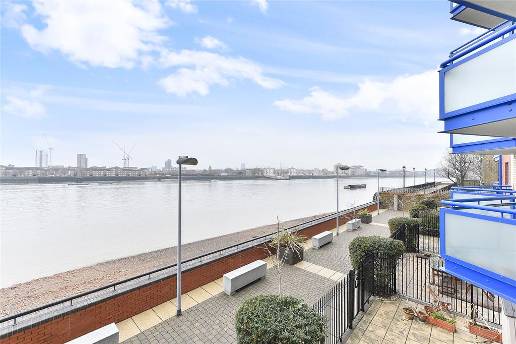 2 Bedrooms Apartment Flat for sale in Newton Place, London, E14