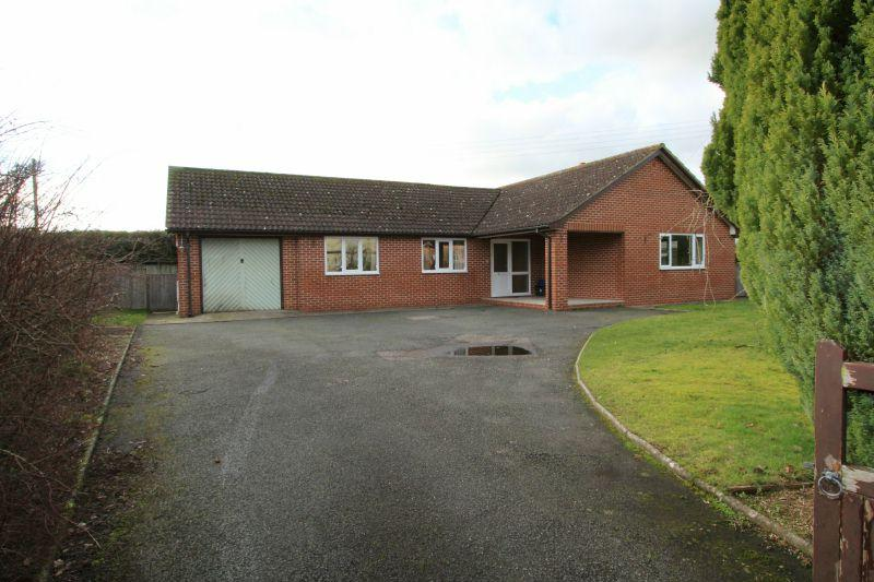 3 Bedrooms Detached Bungalow for sale in FENITON