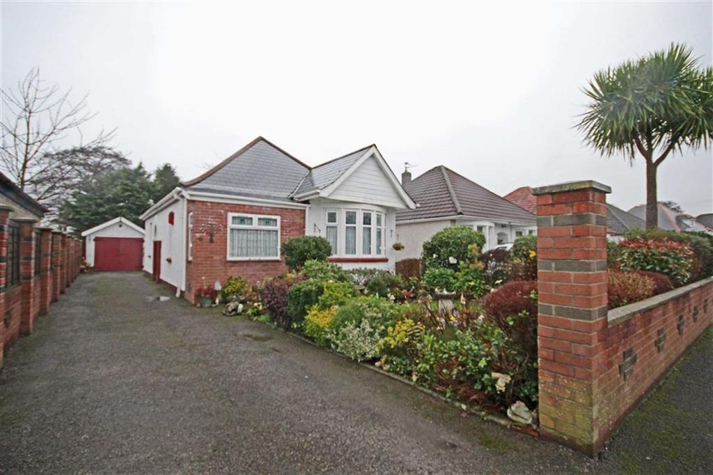 3 Bedrooms Detached Bungalow for sale in Heol Cattwg, Cardiff
