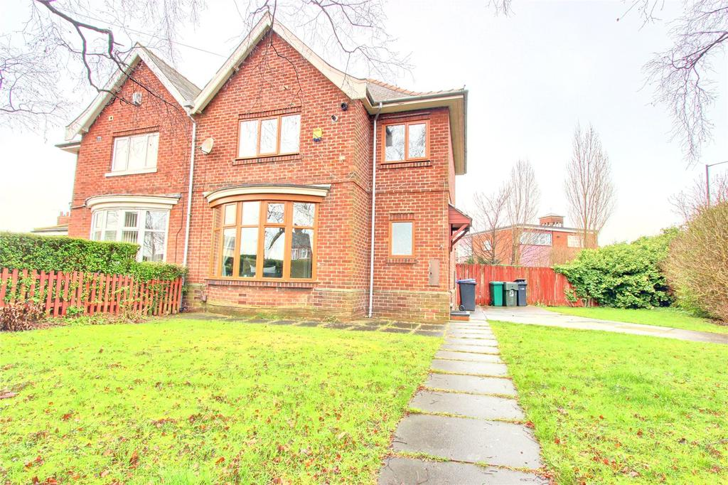 3 Bedrooms Semi Detached House for sale in Acklam Road, Middlesbrough