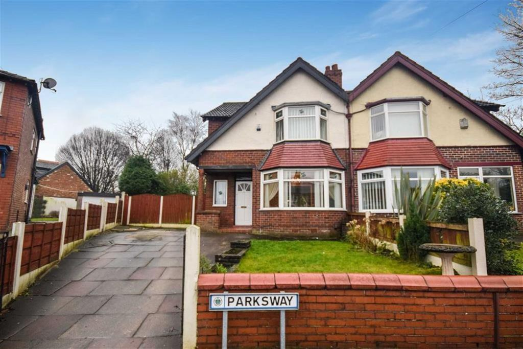 3 Bedrooms Semi Detached House for sale in Parksway, Manchester