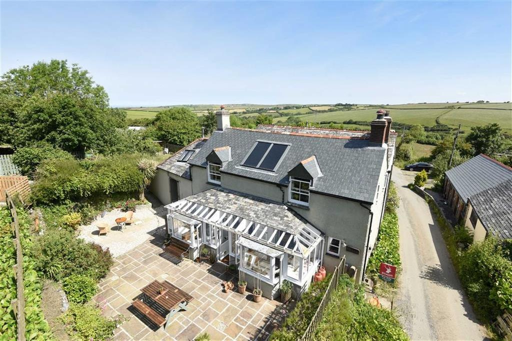 3 Bedrooms Semi Detached House for sale in Pencuke, Bude, Cornwall, EX23