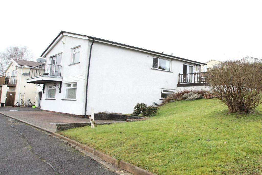 3 Bedrooms Detached House for sale in Heol Clyd, Caerphilly