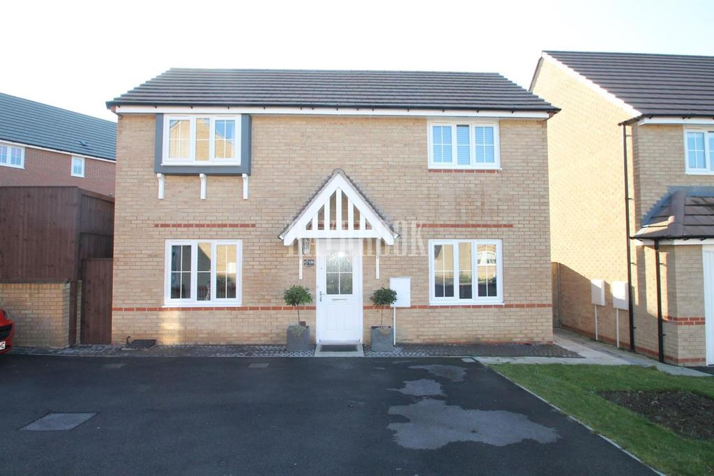 3 Bedrooms Detached House for sale in Brownlee Close, Brinsworth