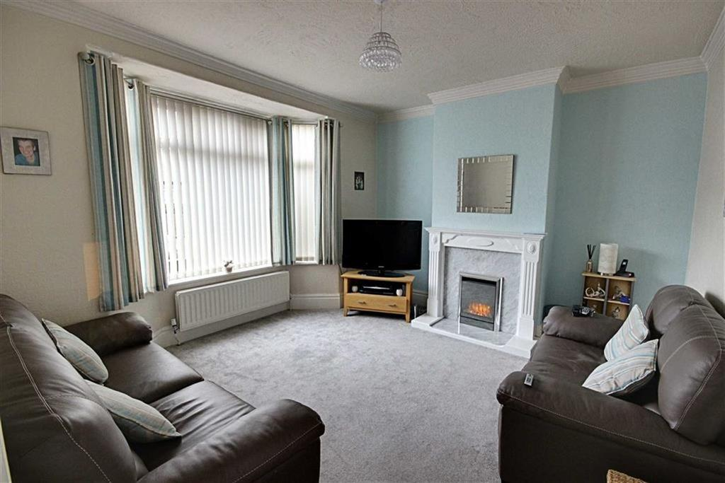 3 Bedrooms Semi Detached House for sale in St Georges Terrace, East Boldon, Tyne And Wear