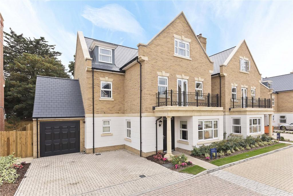 5 Bedrooms Detached House for sale in Park Avenue, The Avenue, TW16