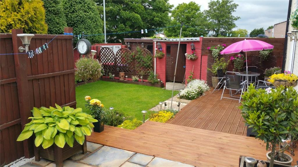 3 Bedrooms End Of Terrace House for sale in 6 Waltondale, Woodside, Telford, Shropshire