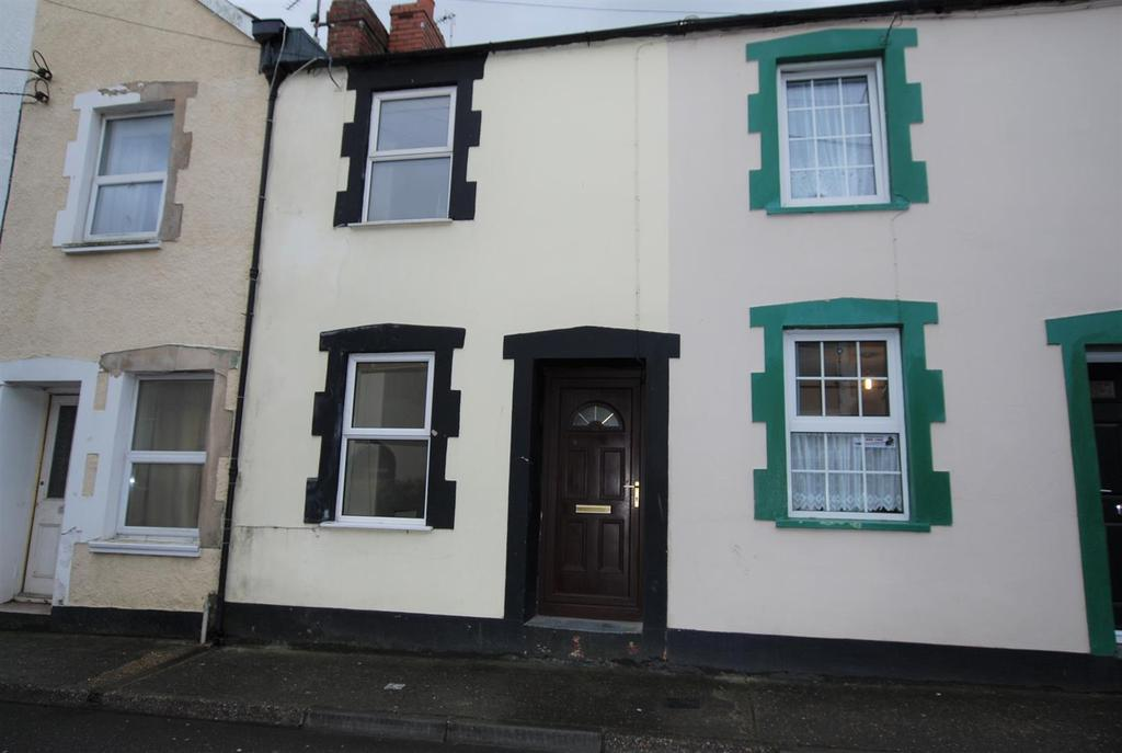 2 Bedrooms Terraced House for sale in Geneva Place, Bideford