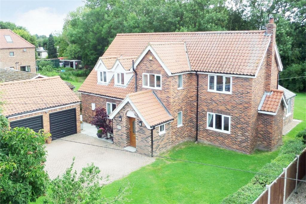 4 Bedrooms Detached House for sale in Clay Lane, Breighton, Selby, East Riding of Yorkshire