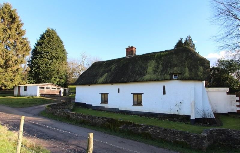 4 Bedrooms Cottage House for sale in Tarrant Valley, Blandford Forum, Dorset