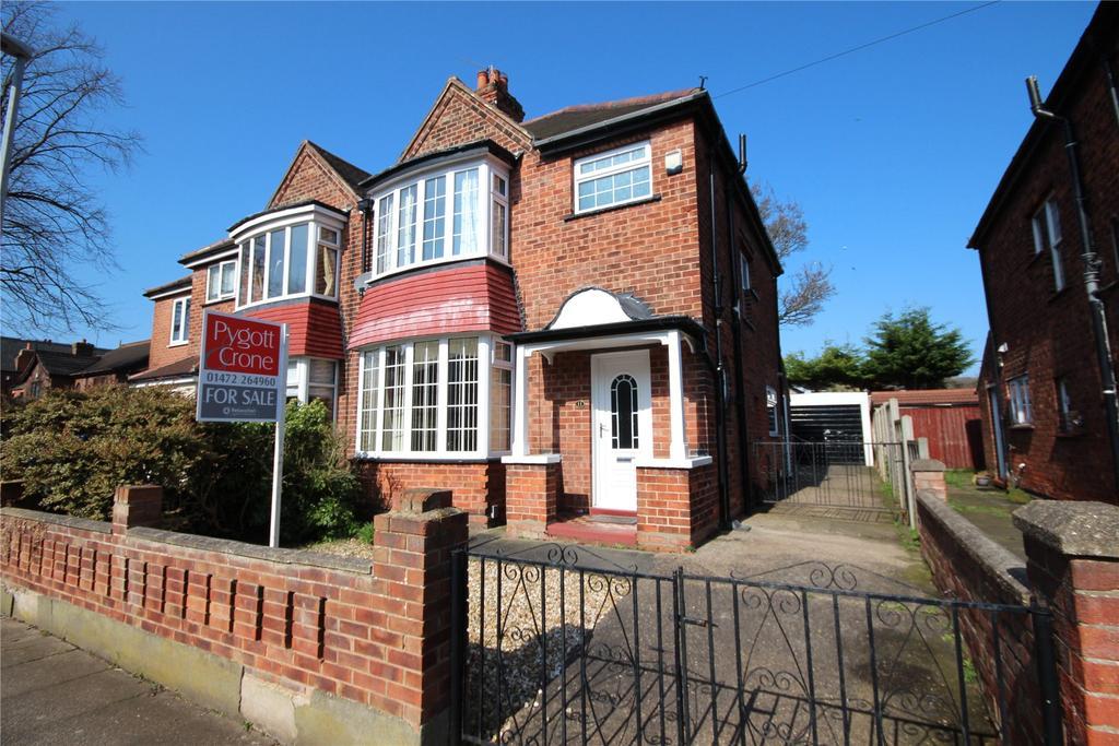 3 Bedrooms Semi Detached House for sale in Lambert Road, Grimsby, DN32