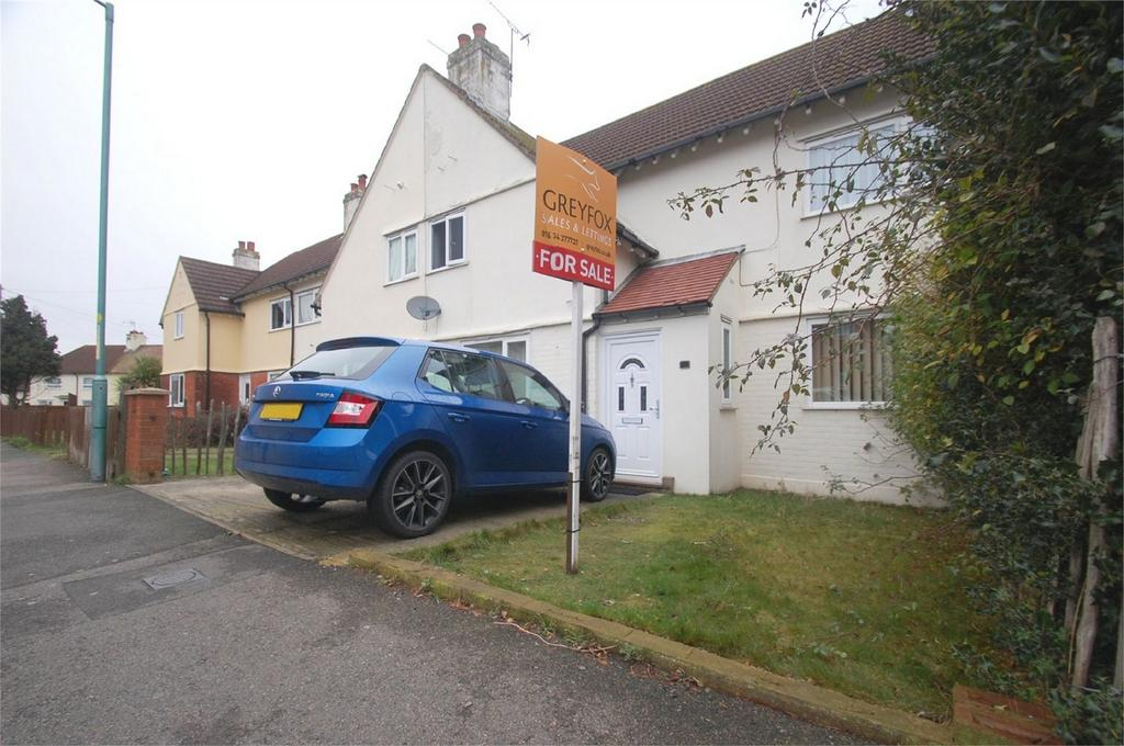 3 Bedrooms Terraced House for sale in Sturdee Avenue, Gillingham, Kent
