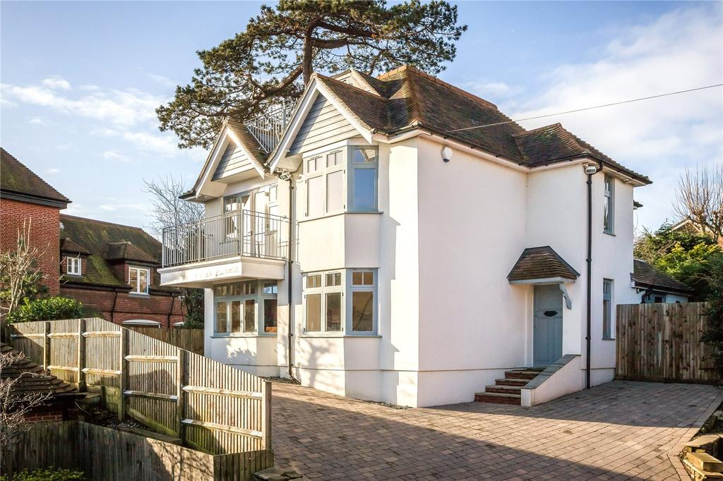 4 Bedrooms Detached House for sale in High Street, Hamble, Southampton, SO31