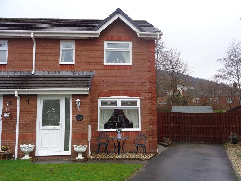 3 Bedrooms Semi Detached House for sale in Augusta Park, Victoria, Ebbw Vale, Blaenau Gwent.