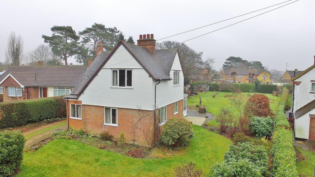 3 Bedrooms Detached House for sale in Rogers Lane, Stoke Poges, SL2