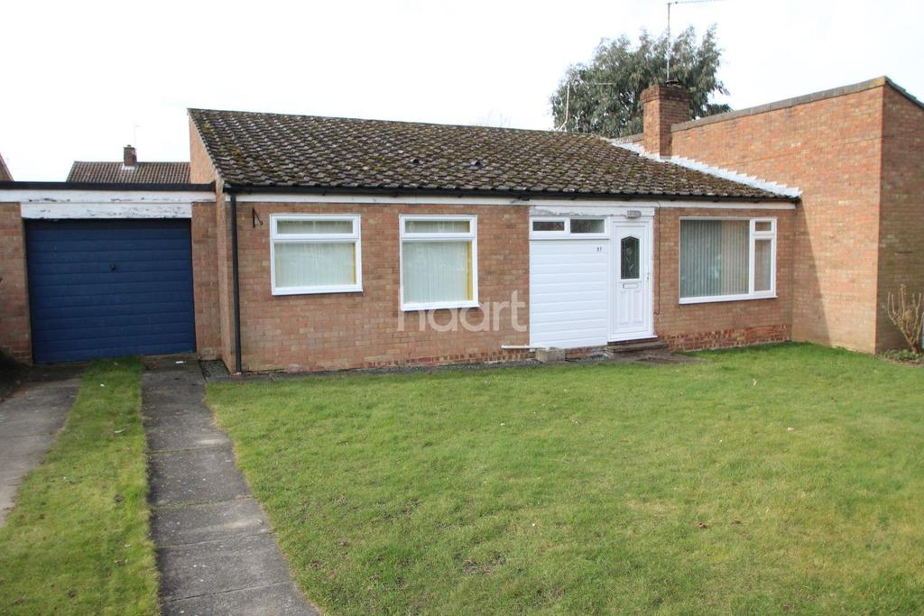 2 Bedrooms Bungalow for sale in Raynsford Road, Great Whelnetham